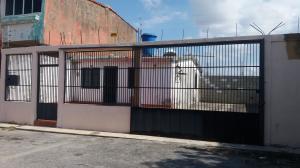 Casa En Ventaen Cabudare, La Puerta, Venezuela, VE RAH: 18-1414