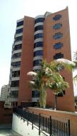 Apartamento En Ventaen Catia La Mar, Playa Grande, Venezuela, VE RAH: 18-1443