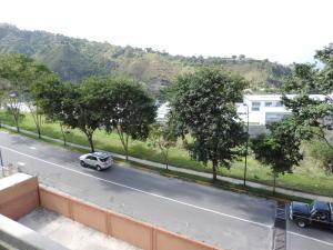En Venta En Caracas - Lomas del Sol Código FLEX: 18-1530 No.11