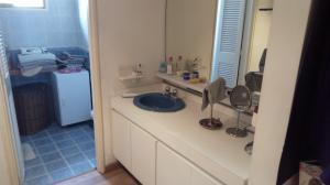 Apartamento En Venta En Caracas - Los Palos Grandes Código FLEX: 18-1577 No.9