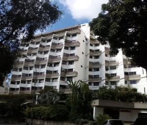 Apartamento En Venta En Caracas - Los Palos Grandes Código FLEX: 18-1577 No.0