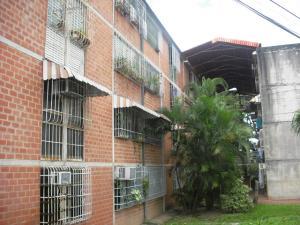 Apartamento En Ventaen Guatire, Valle Arriba, Venezuela, VE RAH: 18-1600