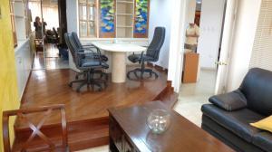 Oficina En Alquiler En Caracas - Chuao Código FLEX: 18-1585 No.1