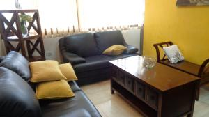Oficina En Alquiler En Caracas - Chuao Código FLEX: 18-1585 No.2
