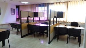 Oficina En Alquiler En Caracas - Chuao Código FLEX: 18-1585 No.3