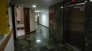Oficina En Alquiler En Caracas - Chuao Código FLEX: 18-1585 No.11