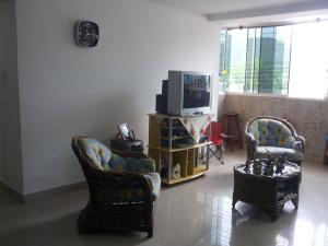 Apartamento En Venta En Maracay - El Limon Código FLEX: 18-1611 No.3