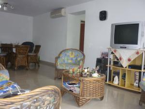 Apartamento En Venta En Maracay - El Limon Código FLEX: 18-1611 No.6