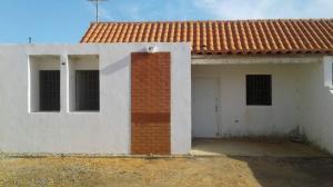 Casa En Ventaen Punto Fijo, Puerta Maraven, Venezuela, VE RAH: 18-1642