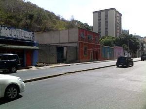 En Venta En Maracay - Avenida 19 de Abril Código FLEX: 18-172 No.2