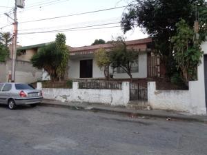 Casa En Ventaen Barquisimeto, Colinas De Santa Rosa, Venezuela, VE RAH: 18-1684