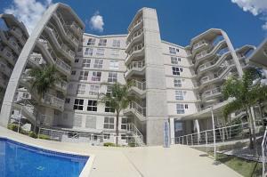 Apartamento En Alquileren Caracas, Solar Del Hatillo, Venezuela, VE RAH: 18-1697
