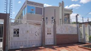 Casa En Ventaen Municipio San Francisco, La Coromoto, Venezuela, VE RAH: 18-1813