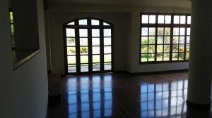 Casa En Alquiler En Caracas - Lomas del Mirador Código FLEX: 18-1766 No.4