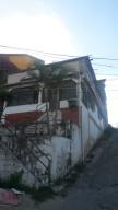 Casa En Ventaen Caracas, Caricuao, Venezuela, VE RAH: 18-1757