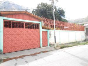Casa En Ventaen Maracay, La Pedrera, Venezuela, VE RAH: 18-1771