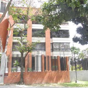 Apartamento En Alquileren Caracas, Los Palos Grandes, Venezuela, VE RAH: 18-2011