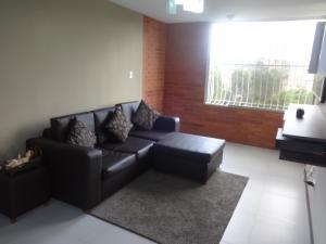 Apartamento En Venta En Caracas - Los Samanes Código FLEX: 18-2007 No.1