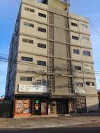Apartamento En Ventaen Maracaibo, Santa Rita, Venezuela, VE RAH: 18-1809