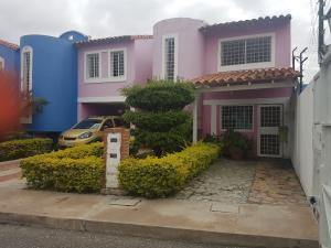 Casa En Ventaen Cabudare, Parroquia Cabudare, Venezuela, VE RAH: 18-1815