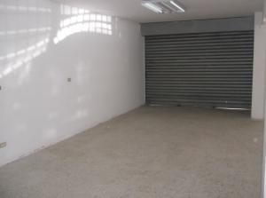 Local Comercial En Venta En Caracas - La Urbina Código FLEX: 18-1828 No.2
