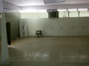 Local Comercial En Venta En Caracas - La Urbina Código FLEX: 18-1828 No.3