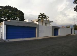Casa En Ventaen Caracas, Cumbres De Curumo, Venezuela, VE RAH: 18-2040