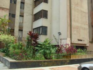 Apartamento En Alquileren San Antonio De Los Altos, Las Salias, Venezuela, VE RAH: 18-1924
