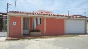 Casa En Ventaen Punto Fijo, Puerta Maraven, Venezuela, VE RAH: 18-1972