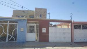 Townhouse En Ventaen Punto Fijo, Puerta Maraven, Venezuela, VE RAH: 18-1988
