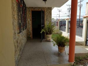 Casa En Ventaen Punto Fijo, Centro, Venezuela, VE RAH: 18-2016