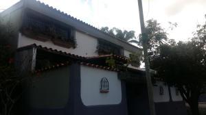 Casa En Ventaen San Antonio De Los Altos, Los Castores, Venezuela, VE RAH: 18-2039