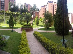 Apartamento En Venta En Caracas - Colinas de La Tahona Código FLEX: 18-2149 No.1