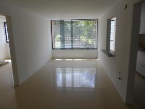 Apartamento En Venta En Caracas - Colinas de La Tahona Código FLEX: 18-2149 No.4