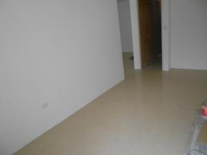 Apartamento En Venta En Caracas - Colinas de La Tahona Código FLEX: 18-2149 No.6