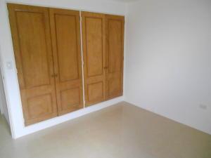 Apartamento En Venta En Caracas - Colinas de La Tahona Código FLEX: 18-2149 No.8