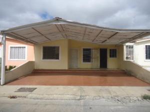 Casa En Ventaen Barquisimeto, Parroquia Tamaca, Venezuela, VE RAH: 18-2109