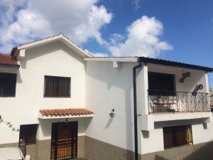 Casa En Ventaen El Junquito-Vargas, El Junko Country Club, Venezuela, VE RAH: 18-2155