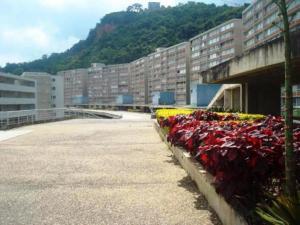 Apartamento En Ventaen Caracas, El Encantado, Venezuela, VE RAH: 18-2161