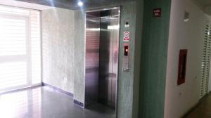 En Venta En Caracas - El Encantado Código FLEX: 18-2204 No.13