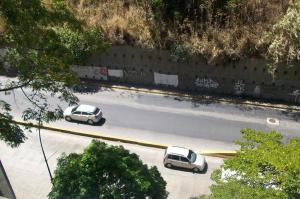 Apartamento En Venta En Caracas - Prado Humboldt Código FLEX: 18-2215 No.17