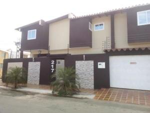 Casa En Ventaen Punto Fijo, Judibana, Venezuela, VE RAH: 18-2100