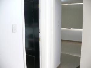 Apartamento En Venta En Caracas - Campo Claro Código FLEX: 17-15165 No.17
