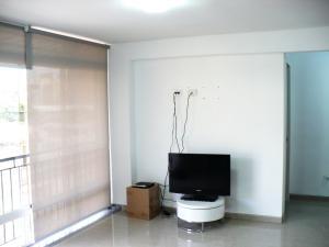 Apartamento En Venta En Caracas - Campo Claro Código FLEX: 17-15165 No.4