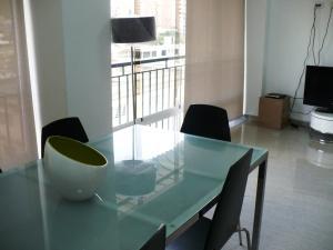 Apartamento En Venta En Caracas - Campo Claro Código FLEX: 17-15165 No.3