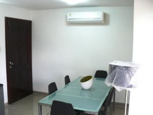 Apartamento En Venta En Caracas - Campo Claro Código FLEX: 17-15165 No.5