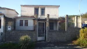 Casa En Ventaen Cua, Las Brisas, Venezuela, VE RAH: 18-2295