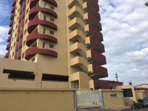 Apartamento En Ventaen Lecheria, El Morro Iii, Venezuela, VE RAH: 18-2315