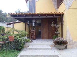 Casa En Ventaen Caracas, Los Naranjos Del Cafetal, Venezuela, VE RAH: 18-2010