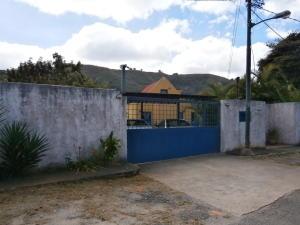 Casa En Ventaen Caracas, Karimao Country, Venezuela, VE RAH: 18-2398